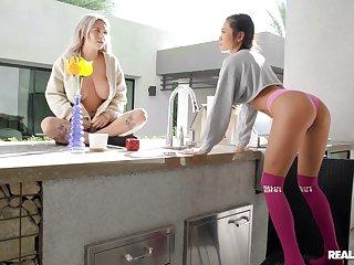 Lesbian oral fun at home for three addictive lezzies
