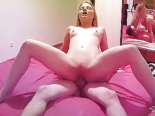 The Youthful Amateur Couple in Great Hardcore Action